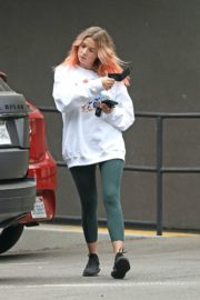 Ashley Benson Out for Coffee in Los Angeles 2020/10/22 3