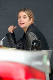 Ashley Benson Out for Lunch in Los Feliz 2020/10/24 13