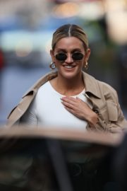 Ashley Roberts Arrives at Global Radio in London 2020/09/24 3