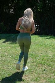 Bianca Gascoigne Workout at a Park in London 2020/10/01 2