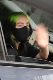 Billie Eilish Out After Her Virtual Concert in Los Angeles 2020/10/24 3