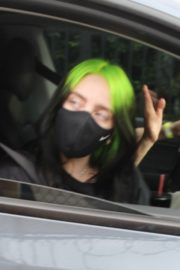 Billie Eilish Out After Her Virtual Concert in Los Angeles 2020/10/24 5