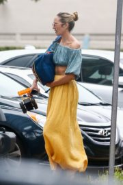 Candice Swanepoel in  Off Shoulder Tops and Logn Skirt in Miami Beach 2020/10/25 1