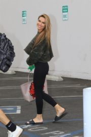 Chrishell Stause Leaves DWTS Rehearsal in Los Angeles 2020/10/24 8