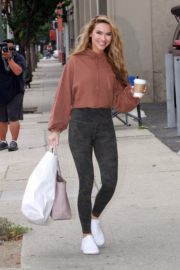 Chrishell Stause Leaves DWTS Studio in Los Angeles 2020/10/23 8