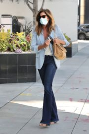 Cindy Crawford after leaves a Hair Salon in Beverly Hills 2020/09/24 2