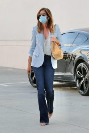 Cindy Crawford after leaves a Hair Salon in Beverly Hills 2020/09/24 6
