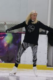 Denise van Outen at Dancing on Ice Rehearsal in London 2020/10/21 1