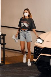Hailey Bieber Out and About in Los Angeles 2020/09/24 6