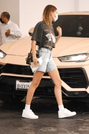 Hailey Bieber Out and About in Los Angeles 2020/09/24 7
