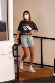 Hailey Bieber Out and About in Los Angeles 2020/09/24 8