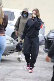 Hailey Rhode Bieber Arrives at a Spa in Los Angeles 2020/10/23 7