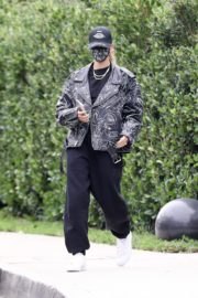 Hailey Rhode Bieber Leaves a Friend's House in Beverly Hills 2020/10/24 7