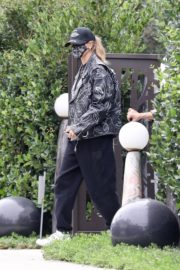 Hailey Rhode Bieber Leaves a Friend's House in Beverly Hills 2020/10/24 9