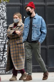 Hilary Duff and Her Husband Matthew Koma Out in New York 2020/10/25 5