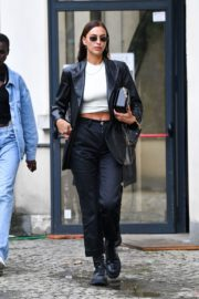 Irina Shayk Leaves Hugo Boss Fashion Show in Milan 2020/09/23 7