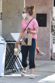 Isla Fisher in Pink Top and Track PantOut in Los Angeles 2020/09/21 2