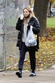Kaley Cuoco After Leaves a Spa in Toronto 2020/10/26 1