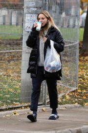 Kaley Cuoco After Leaves a Spa in Toronto 2020/10/26 3