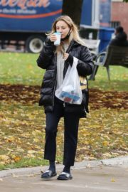 Kaley Cuoco After Leaves a Spa in Toronto 2020/10/26 9