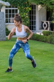 Katie Waissel Workout at a Park in London 2020/10/24 1