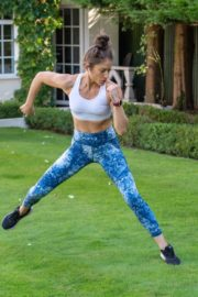 Katie Waissel Workout at a Park in London 2020/10/24 6