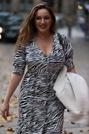 Kelly Brook Arrives at Heart Radio in London 2020/10/23 5