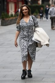 Kelly Brook Arrives at Heart Radio in London 2020/10/23 6