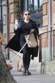 Kelly Brook Out with Her Dog in Hampstead 2020/10/22 8