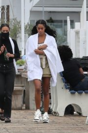 Laura Harrier on the Set of Her New Movie at Malibu Pier in Los Angeles 2020/10/26 3