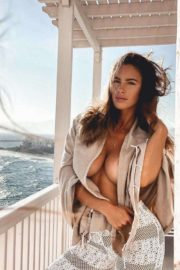 Lucia Javorcekova Shows Off Her Curves in Latest Photoshoot 2020 1