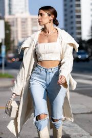 Nicole Williams in Ripped Denim Out in Los Angeles 2020/10/26 6