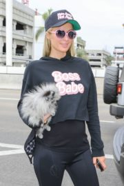 Paris Hilton and Carter Milliken Reum at LAX Airport in Los Angeles 2020/10/22 3