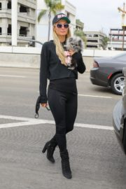 Paris Hilton and Carter Milliken Reum at LAX Airport in Los Angeles 2020/10/22 5