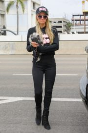 Paris Hilton and Carter Milliken Reum at LAX Airport in Los Angeles 2020/10/22 6