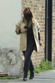Pregnant Jennifer Lawrence Out for Lunch in New York 2020/10/26 8