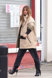 Pregnant Jennifer Lawrence Out for Lunch in New York 2020/10/26 10