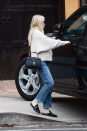 Pregnant  Out Shopping in Los Angeles 2020/10/24 5