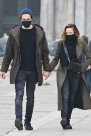 Rebecca Ferguson Out with Her Boyfriend in Venice 2020/10/22 1