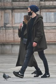Rebecca Ferguson Out with Her Boyfriend in Venice 2020/10/22 7