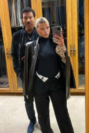 Sofia Richie and Lionel Richie - Instagram Photos 2020/10/25 2