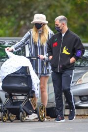 Sophie Turner and Joe Jonas Out in Los Angeles 2020/10/22 4
