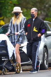 Sophie Turner and Joe Jonas Out in Los Angeles 2020/10/22 7