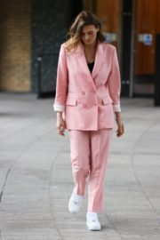 Twinnie-Lee Moore at Sunday Brunch in London 2020/10/25 5