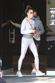 Alessandra Ambrosio Heading to a Private Workout Session in West Hollywood 2020/10/27 9
