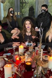 Amanda Cerny Halloween 2020 party fun with her friends in Whitneys House 2020/10/31 1