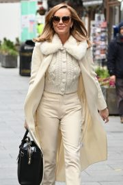 Amanda Holden in Winter Outfit Arrives at Heart Radio Show in London 2020/11/27 3