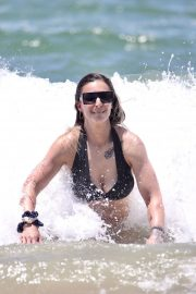 Amanda Micallef in Bikini at a Beach on Gold Coast 2020/11/14 3