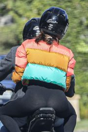 Ana de Armas and Ben Affleck Out Driving on Electric Harley Davidson in Brentwood 2020/11/27 8