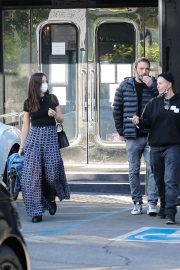 Ana de Armas and Ben Affleck Shopping at XIV Karats in Beverly Hills 11/25/2020 3